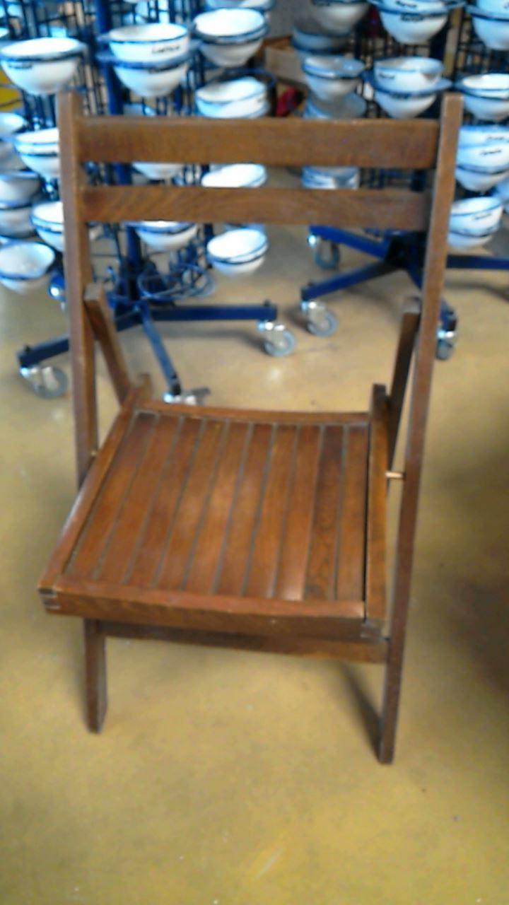 chaise pliante en bois d 39 occasion. Black Bedroom Furniture Sets. Home Design Ideas