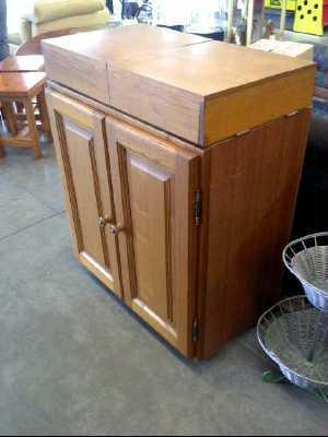 Meuble bas 2 portes modulable en table a repasser d 39 occasion - Meuble table a repasser ...